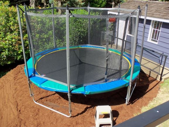12' Gold Medalist (Great size for smaller backyards)